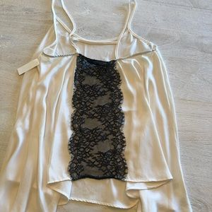 Tops - ✨PRICEDROP✨Silk and lace tank top